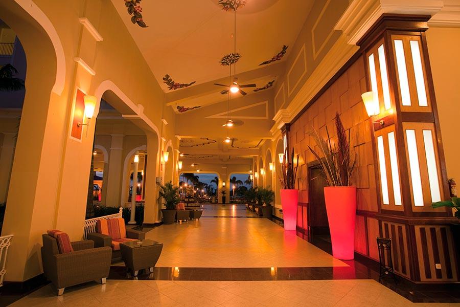 lobby-riu-guanacaste_tcm49-224508