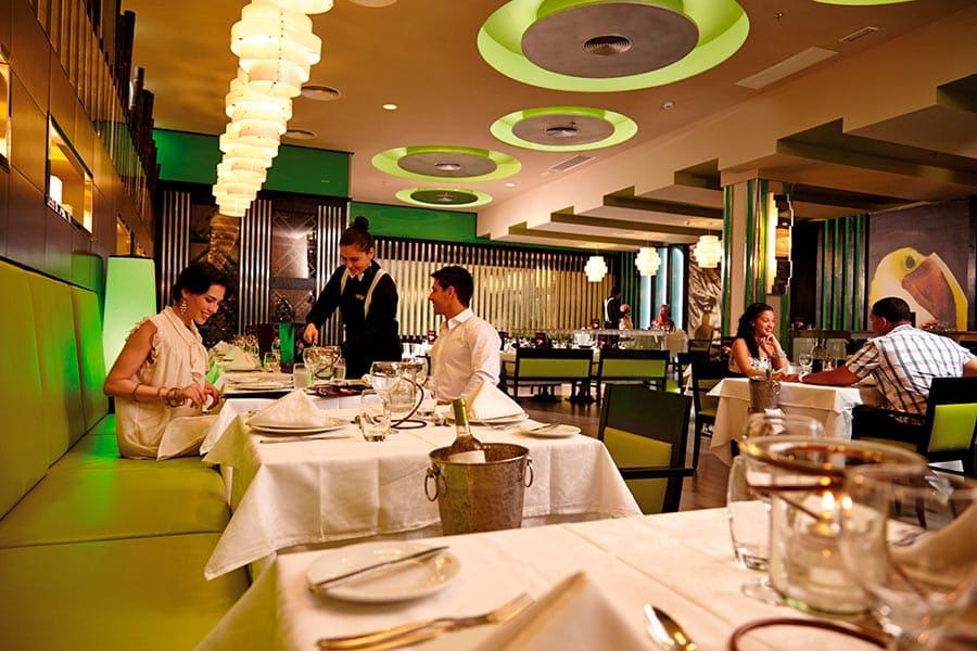 restaurante-gourmet-riu-guanacaste_tcm49-224511